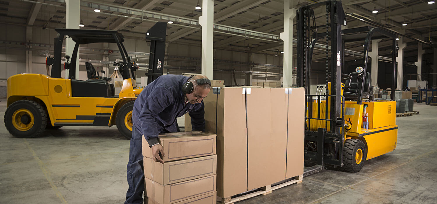 warehouse forklifts in Huntington, NY